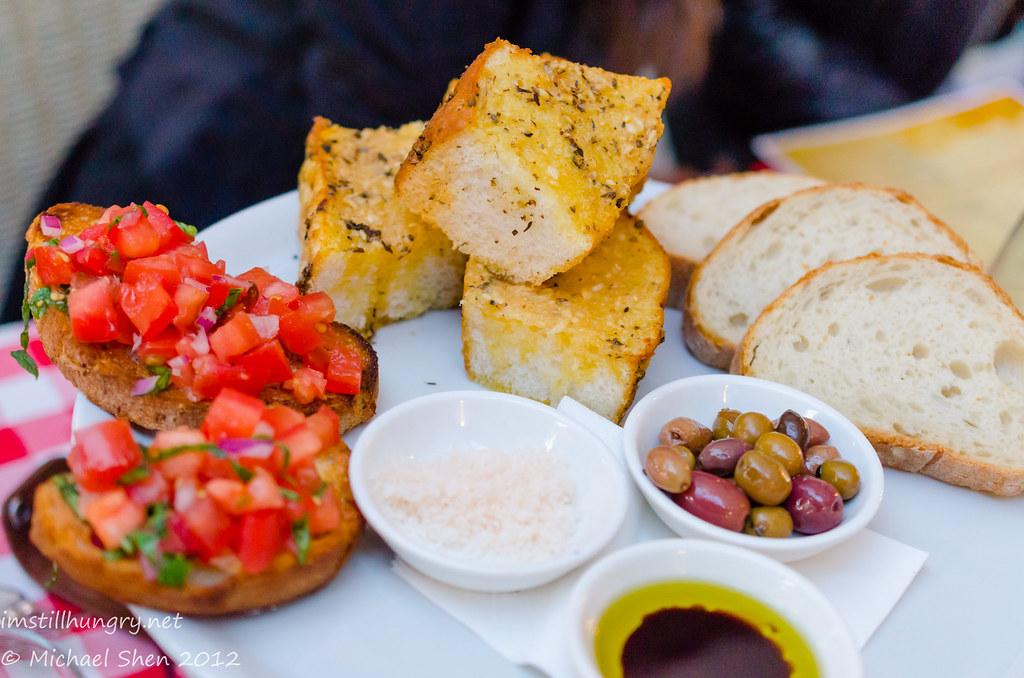 Casa Di Nico - Nico's bread platter to share