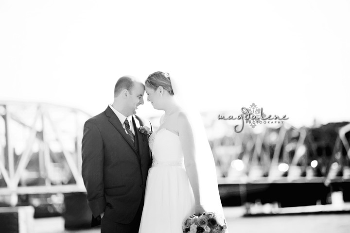sturgeon-bay-wedding-photos-bridge34
