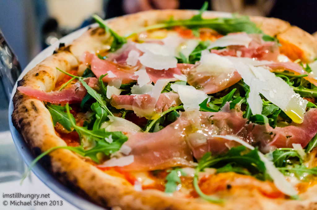Lucio Pizzeria The Filleto - mozzarella, cherry tomato, rocket, prosciutto & shaved parmesan