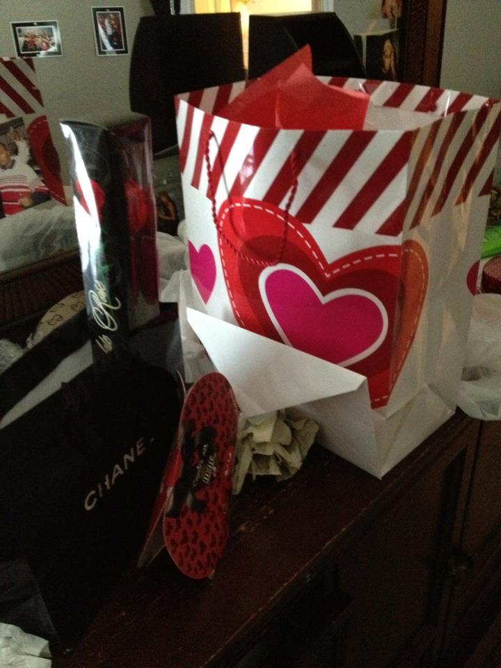 Happy Belated Valentine's Day Everyone!  8474646651_261e42af3b_o