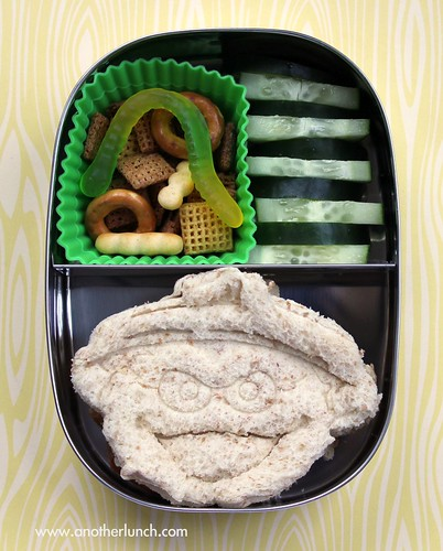 Oscar the Grouch sandwich lunch in a Lunchbots box