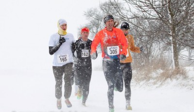 Sněhové peklo v Prusinovicích. Vítězí Jakub Burghardt a Petra Pastorová