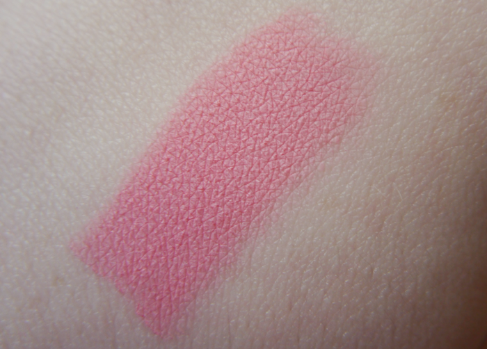 topshop lip crayon powder room review 4
