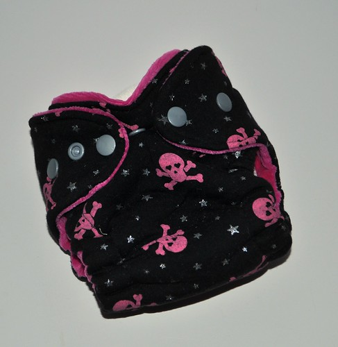 Bumstoppers Newborn Girly Skulls Hybrid Fitted **New Style**