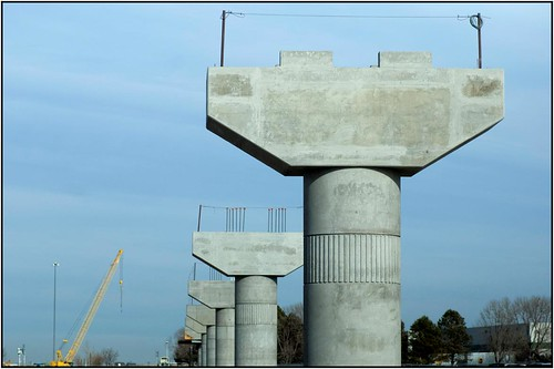 Photo of a line of concrete piers for the Interstate 70 flyover bridge on the East Rail Line
