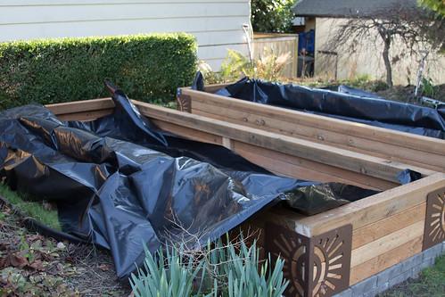 sub-irrigated raised garden bed plastic lining