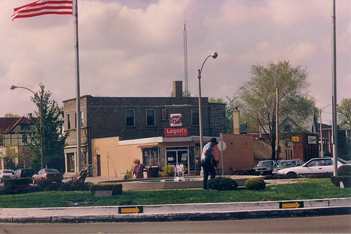 The Eight Corner's traffic circle.  Brookfield Illinois.  May 1989. by Eddie from Chicago