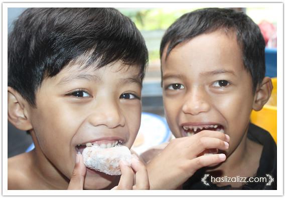 8556428032 65e2cd783b z buat donut lembut dan gebu | resipi donut lembut dan gebu