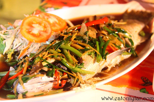 Steamed Fish with Soy Sauce, Food Mama Thai Restaurant