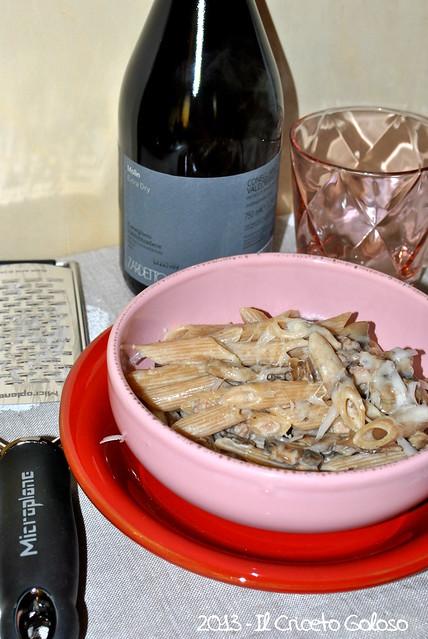 penne integr. con funghi, salsiccia, robiola
