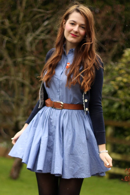 OOTD, outfit post, polka dot chambray shirt dress, shoe boots, navy cardigan, matalan belt, fox necklace