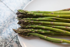 vegetable(1.0), asparagus(1.0), produce(1.0), food(1.0), asparagus(1.0),