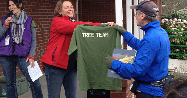 Rep. Blumenauer Praises Portland's Green Initiatives & Friends of Trees at Neighborhood Planting