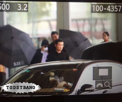 Big Bang - Beijing Airport - 05jun2015 - Tae Yang - TGDSTbang - 01
