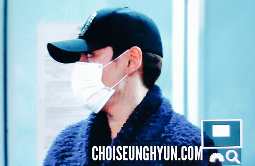 BIGBANG departure Macao to Seoul 2015-10-26 choidot (1)