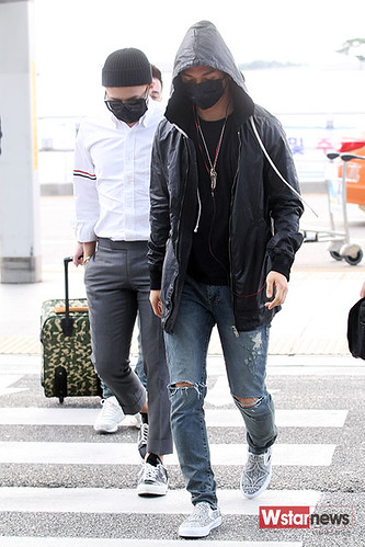 BIGBANG Incheon Airport to Shanghai Press 2015-06-19 035
