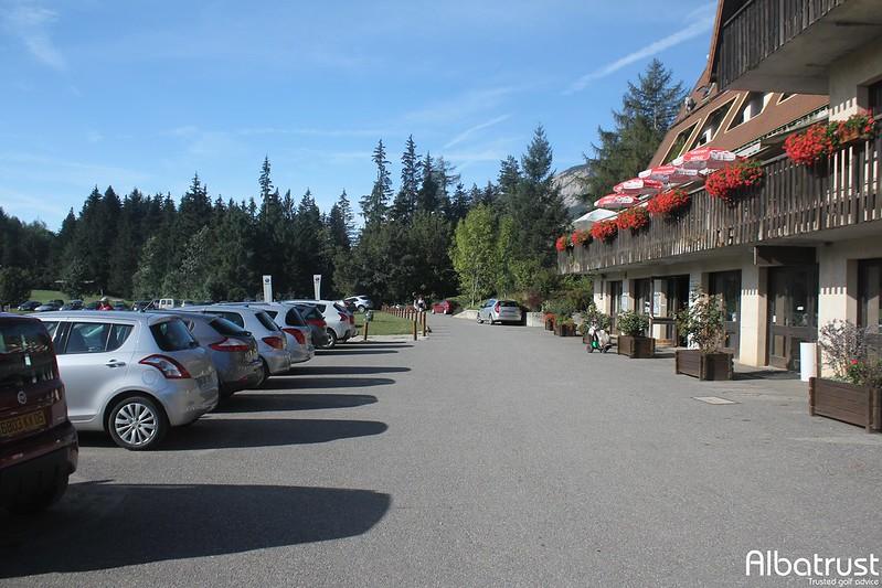 photo du golf Golf de Gap Bayard - Parking