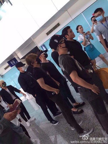 Big Bang - Dalian Airport - 26jun2015 - 3190482780 - 01