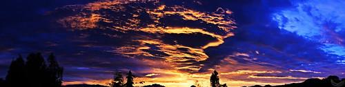 city morning blue trees winter red sky orange black mountains sol mañana silhouette azul night clouds sunrise mexico dawn noche rojo df day arboles view bright horizon breath negro el dia amanecer cielo nubes vista salida invierno silueta taking naranja federal horizonte montañas brillante distrito aliento quitar flickraward