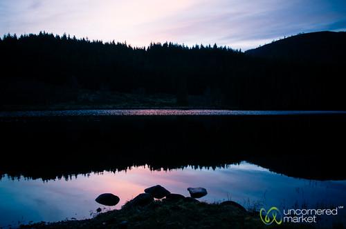 pink lake sunrise scotland highlands unitedkingdom loch scottishhighlands scottishsunrise