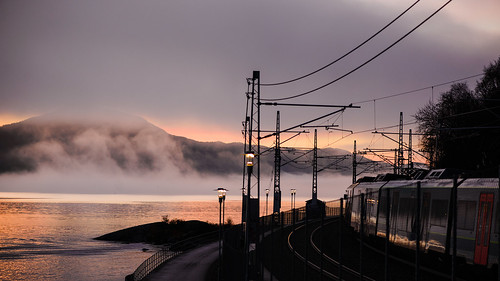 morning sea seascape water norway fog train sunrise stavanger lowlight railway fjord rogaland gandsfjorden jærbanen nikond600