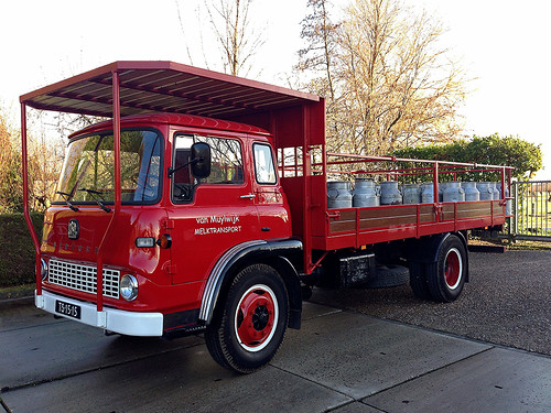 Nostalgie- melkbussenauto by edufloortje