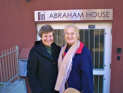 Judy Dieterle SSL (left) visits Bríd Long SSL (right), who volunteers at Abraham House, New York.