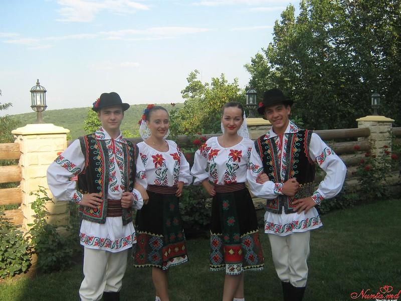"""Танцоры """"IZVORAŞ"""" / Свадебный танец! > Фото из галереи `Главная`"""
