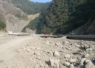 3年來當地工程持續進行,不利於居民護溪,或許等工程完成,再啟護溪。(圖片來源:林務局)