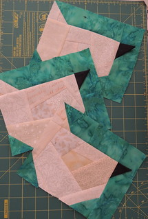 Hen blocks from cream crumb made fabric