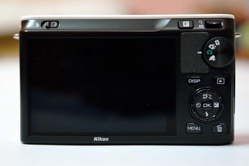 Nikon 1 J1 Rear