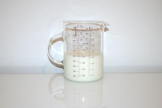 10 - Zutat fettarme Milch / Ingredient milk