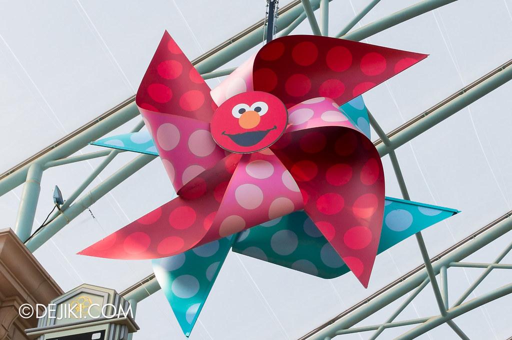 Giant Elmo Pinwheel