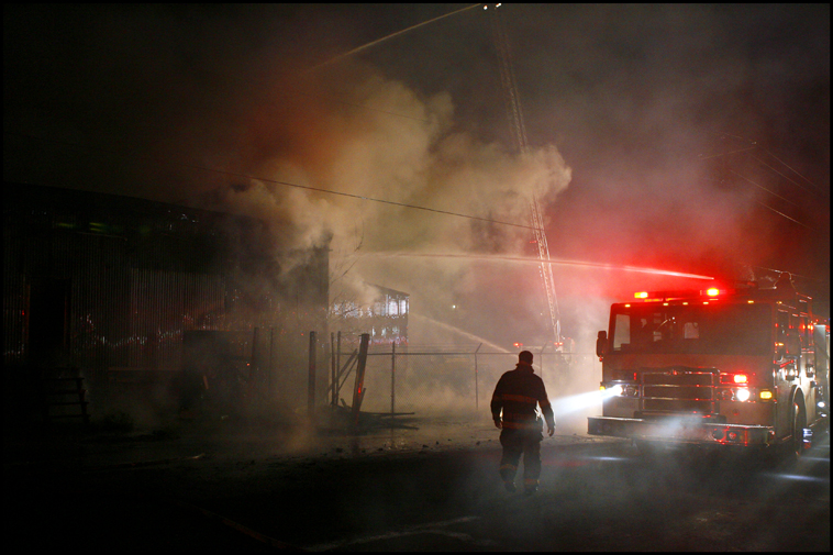 WarehouseFire03