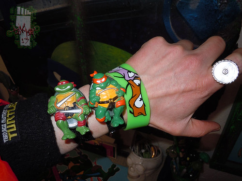 "HOPE INDUSTRIES ""TEENAGE MUTANT NINJA TURTLES"" :: MICHAELANGELO & RAPHAEL Digital Watches i (( 1988 ))"