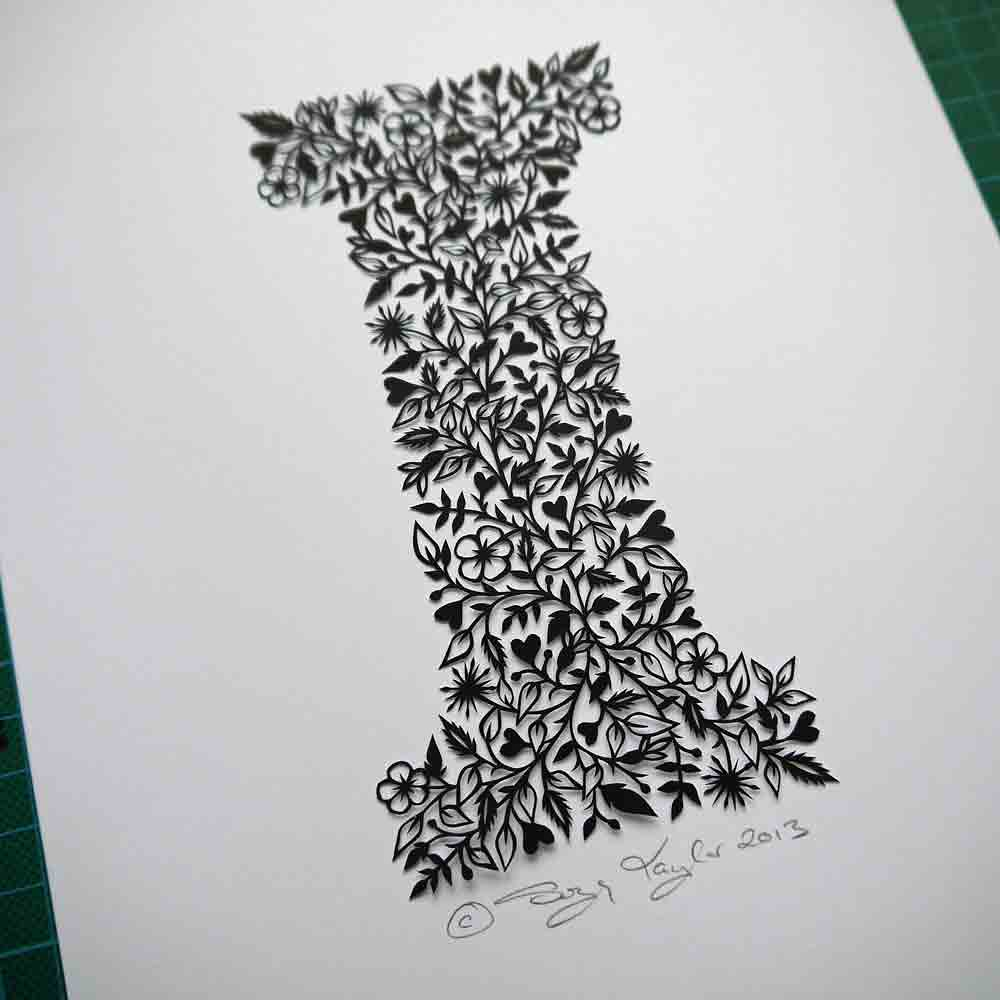 Letter 'I' papercut © Suzy Taylor