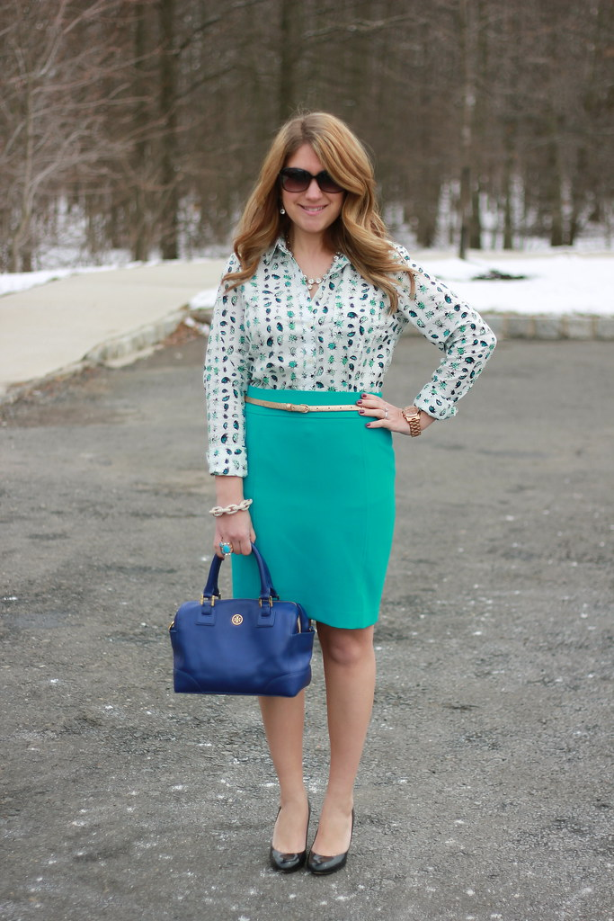 Ladybug Shirt and Teal Pencil Skirt Office Outfit Idea