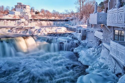 ontario ice water canon river flow frozen dam waterfalls mississippiriver day5 umbrellas almonte balconywithaview 05jan13 day5365 35lf14 5diii 3652013 365the2013edition frozenumbrellas notthesamemississippi