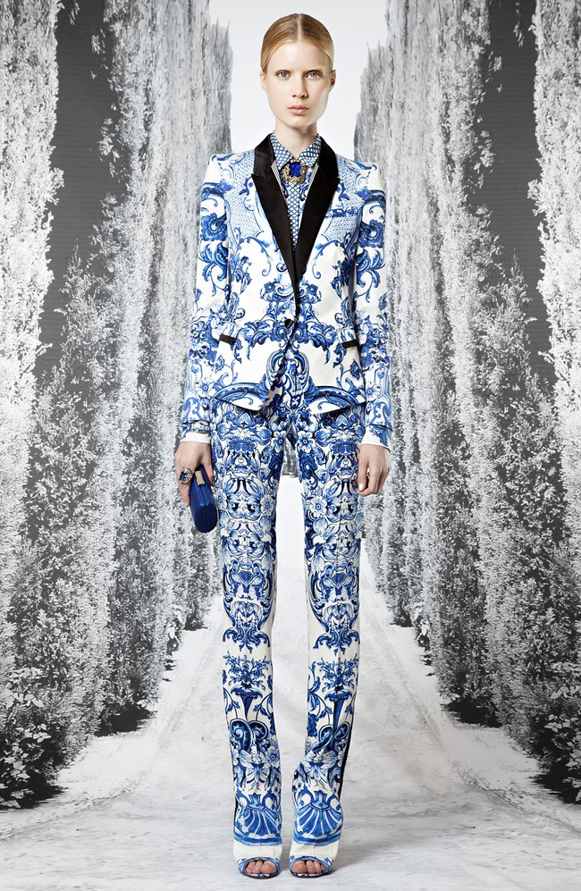 3 Roberto Cavalli Pre-collection SS 2013_ 01