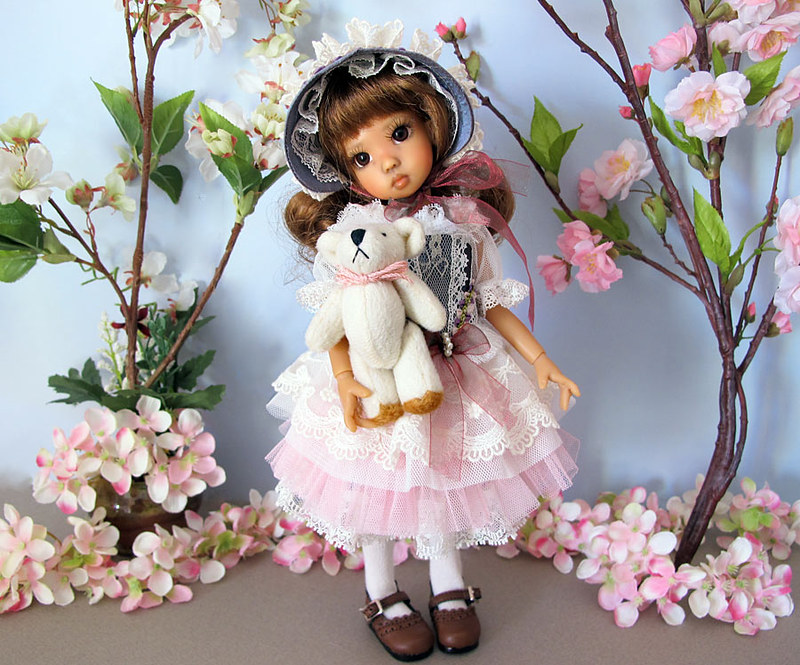 Les tinies Kaye Wiggs d'Inma : Tillie fair, Tillie tan, Millie fair et Lillie Tan elf 8386867501_b7738fffed_c