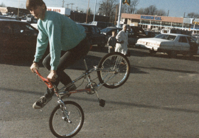 1980s-bmx-freestyle-trick-rick-moliterno-1