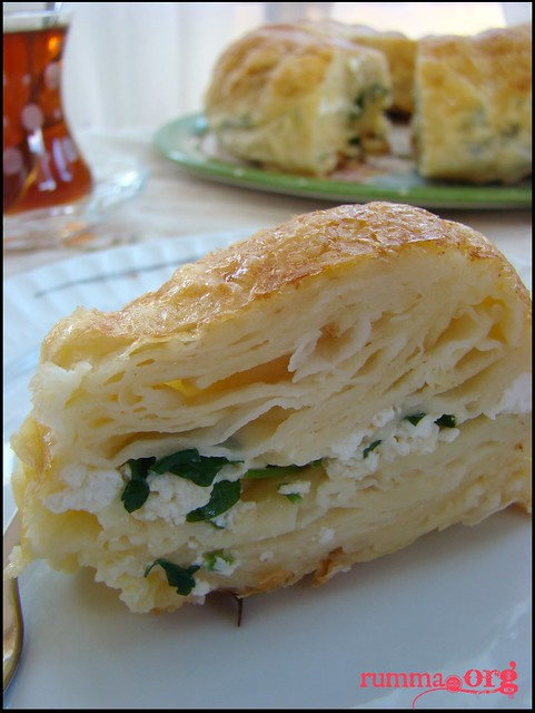 kek kalıbında peynirli börek