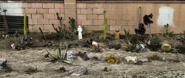 Rio San Gabriel riverbed yardart