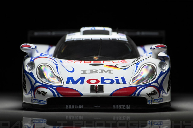 porsche 911 996 gt1 porsche ag mobil 1 26 le mans winner 39 98 maisto. Black Bedroom Furniture Sets. Home Design Ideas