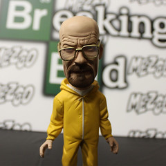 MEZCO-BREAKING_BAD-03