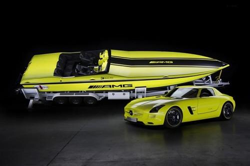 Самый быстрый электрокатер создали Mercedes-Benz и Cigarette Racing