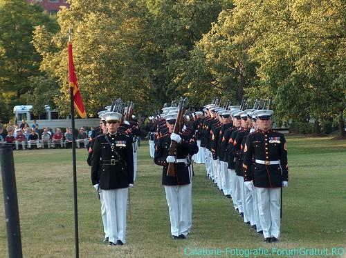 Memorialul Iwo Jima (Arlington, VA), locul unde SUA își comemorează eroii 8509251295_c19cecfb00