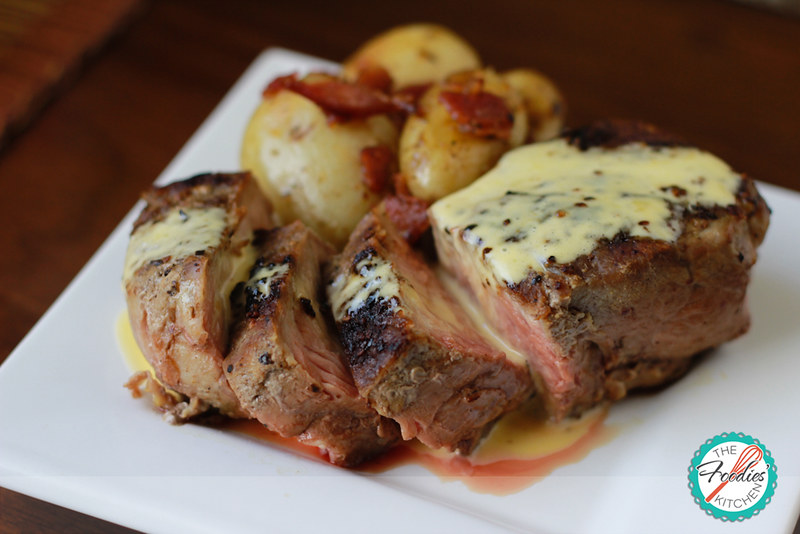 Filet Mignon with Hollandaise Sauce