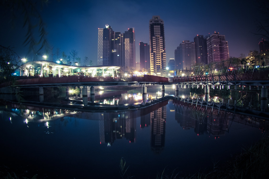 *秋紅谷|凌晨兩點鐘