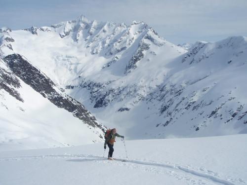 Pablo.... photo Mike Traslin.... Forbidden ski Travers